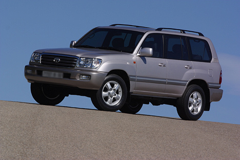 Фото Toyota Land Cruiser 100 (_J10_)